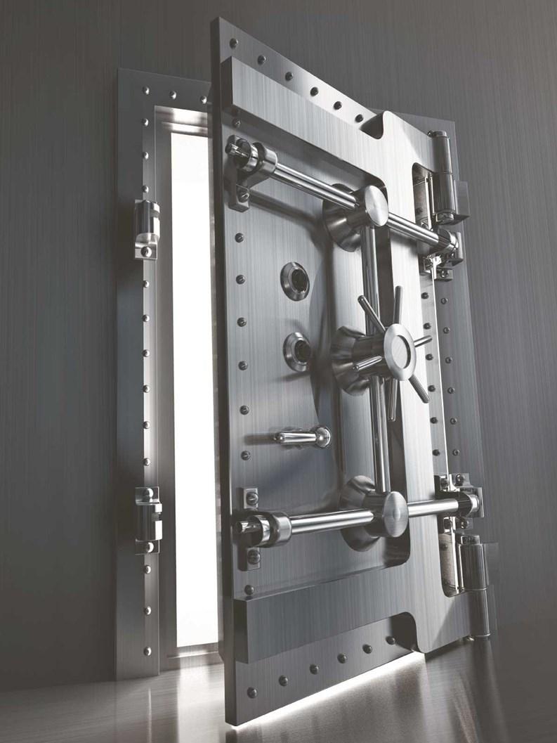 двери металлические для банка